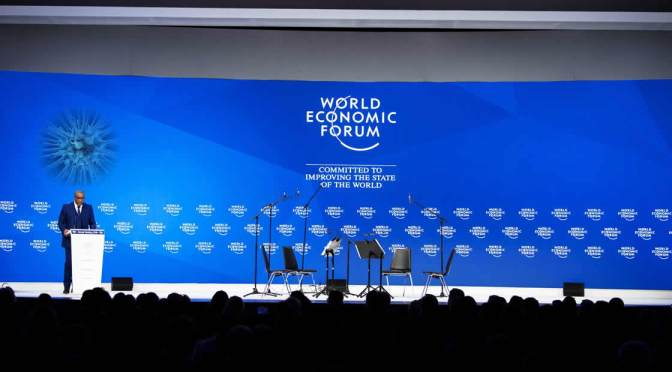 Como la élite mundial tratará de beneficiarse de la pandemia. Entrevista a Naomi Klein