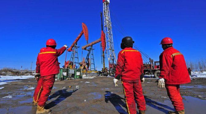 Las guerras petroleras entre Rusia y Arabia Saudita podrían en cambio destruir la industria del petróleo de esquisto de EE.UU.