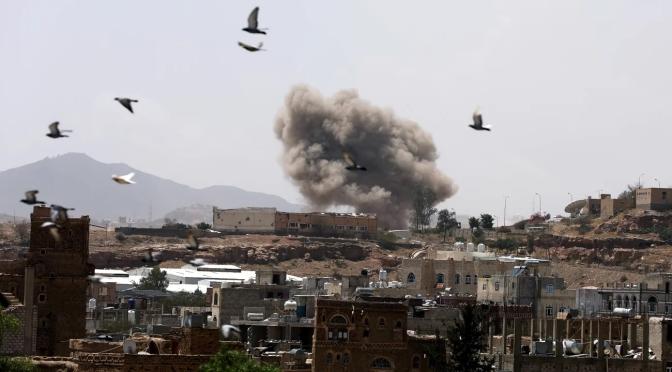 Arabia Saudita viola su propio alto al fuego mientras Yemen anuncia los primeros casos de coronavirus
