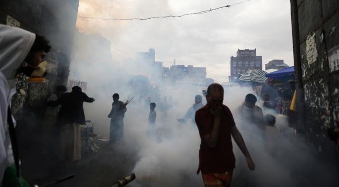 Primeros casos oficiales del coronavirus y de la inundación mortal que marcó el Ramadán en el Yemen