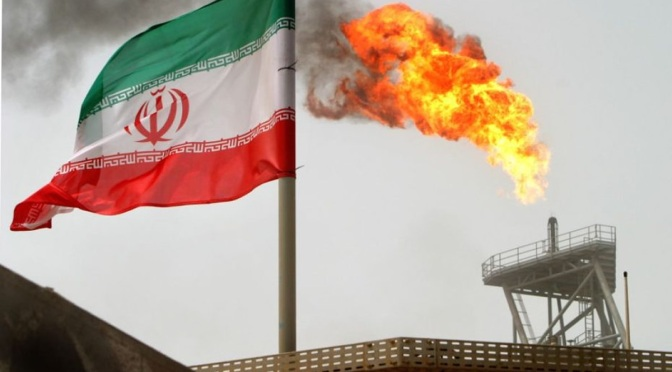 Para entender la lucha de 150 años de Irán, siga el rastro de sangre y petróleo