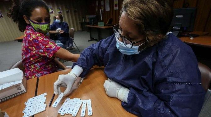 Las sanciones de EE.UU. están obstaculizando la distribución de las drogas cubanas que combaten el Covid-19