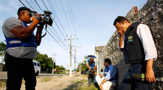 Copos de nieve aquí, allá y en los trópicos: Periodismo no centralizado desde Brasil hasta Ecuador