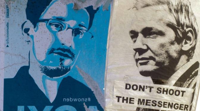 """La investigación de Wikileaks o de cualquier """"información pirateada"""" prohibida bajo las nuevas reglas de YouTube"""