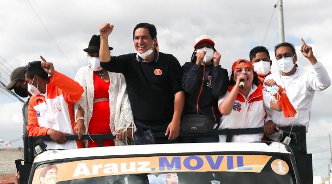 Con un candidato anti-FMI que crece en las encuestas, el ecuatoriano Moreno vuela a DC en medio de conversaciones para suspender las elecciones